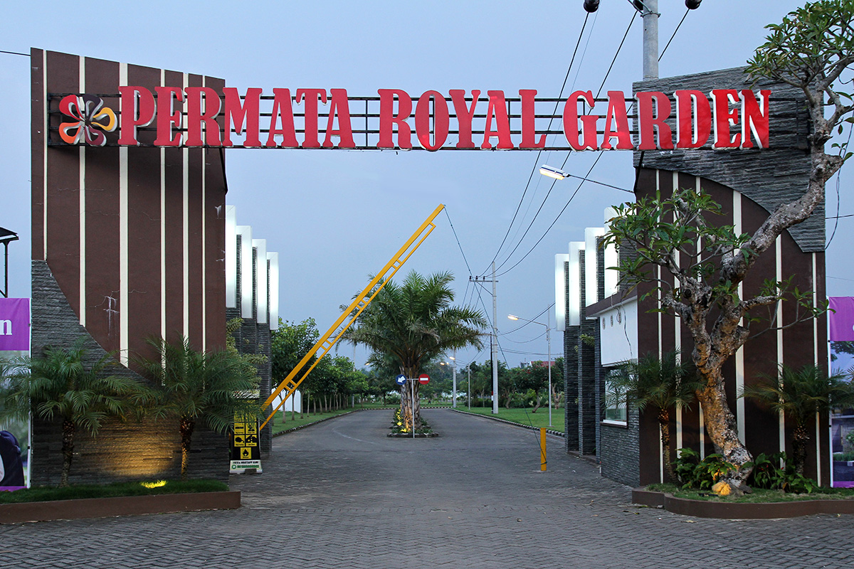 Gerbang Utama One Gate System - Permata Royal Garden